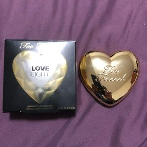 Other - Too Faced Highlighter in You Light Up My Life